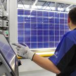 SolarWorld continue à couper dans ses effectifs et réoriente sa production