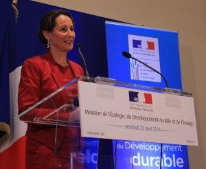 Ségolène Royal en conférence de presse, le 25 avril. (Photo : Emilie Jéhanno)