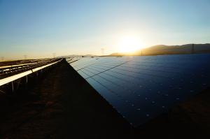 La ferme solaire de Catalina, dans le désert de Mojave en Californie (Etats-Unis). (Crédit ; EDF RE)