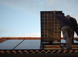 A terme, les panneaux solaires de Centrosolar seront fabriqués par Solarwatt, à Dresde. (Crédit : Centrosolar France)