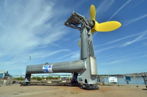 DeltaStream a été immergée avec une seule turbine, pour commencer. (Crédit : Tidal Energy)