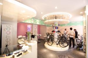 Le concept-store Freemoos dans le marais, à Paris. (Crédit : Freemoos)