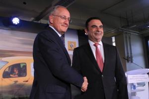 Philippe Wahl et Carlos Ghosn le 31 octobre. (Crédit : EJ)
