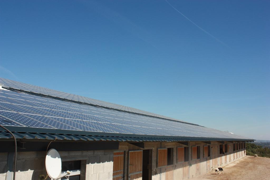 Veolia va recycler en france des panneaux solaires usagers for Recyclage des panneaux solaires