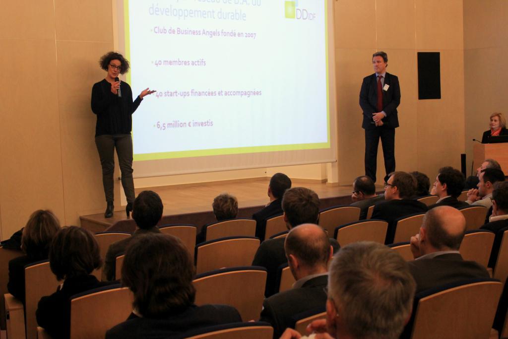 De gauche à droite : Stéphanie Savel (DDIDF), David Dornbusch (Cleantuesday), Patricia Laurent (GreenUnivers)