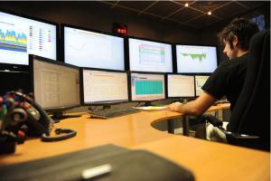 Un centre d'opération de réseau de Schneider Electric. (Crédit : Schneider Electric)