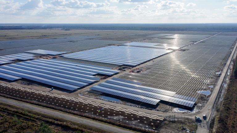 Uniper en charge de la sécurité réseau pour la méga-centrale solaire de Cestas
