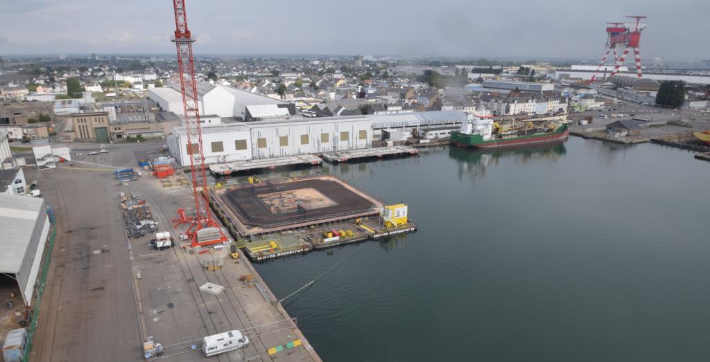 Suivez en direct la construction de Damping Pool sur le quai des Charbonniers, à Saint Nazaire (Crédit : Floatgen)