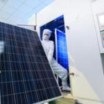 Les fabricants de panneaux solaires contraints de réduire encore leurs coûts de production