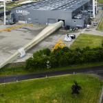 GE lance son usine de pales offshore à Cherbourg, Adwen s'invite à la fête