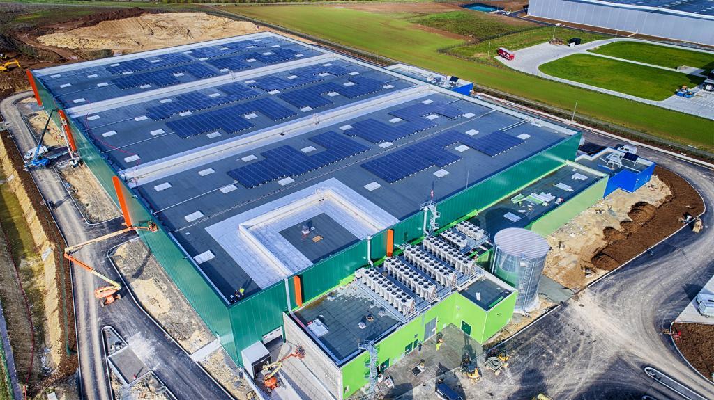 Autoconsommation : Faradae vise les bâtiments de taille moyenne - GreenUnivers